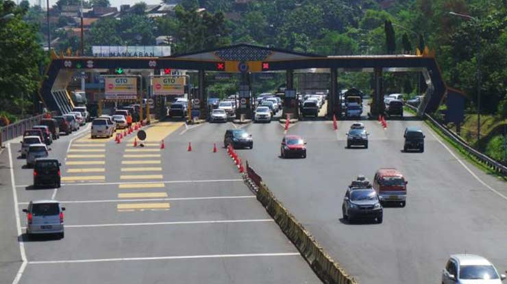 Gerbang Tol Transaksi Semarang Solo