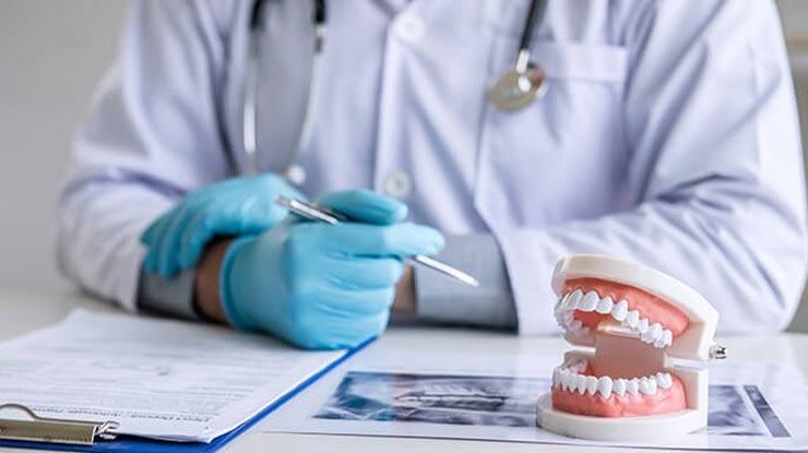 Daftar Biaya Pasang Gigi Palsu di Puskesmas