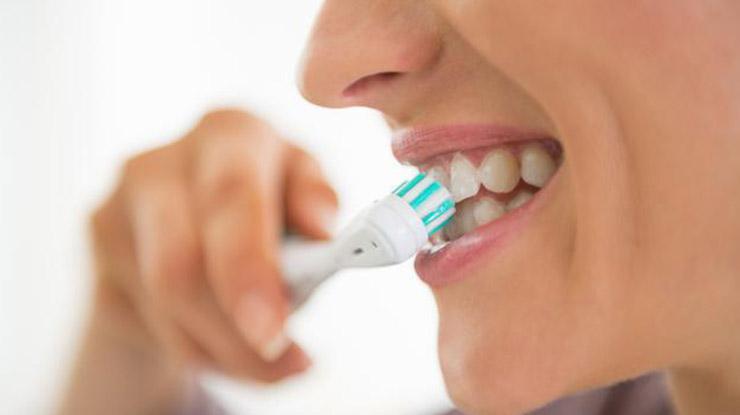 Tips Mencegah Terbentuknya Karang Gigi