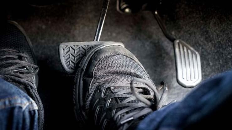 Pedal Rem Blong
